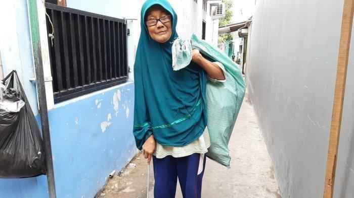 Nenek Lessi Menangis Diusir Menantu, Harus Memulung Sampah, Anak Hanya Kasih Rp 25 Ribu Saat Lebaran