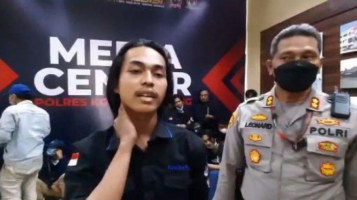 KESAKSIAN Mahasiswa Rambut Gondrong di Tangerang yang di-Smackdown Polisi: Aku Gak Mati, Cuma Pegal