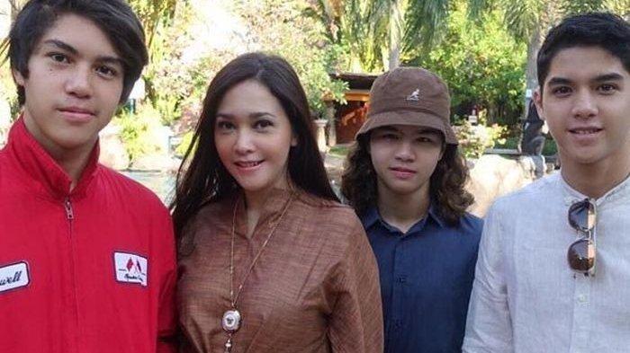 Foto Masa Kecil Al, El, dan Dul Diposting Maia Estianty di IG, Wajah Dul Jaelani Jadi Perbincangan