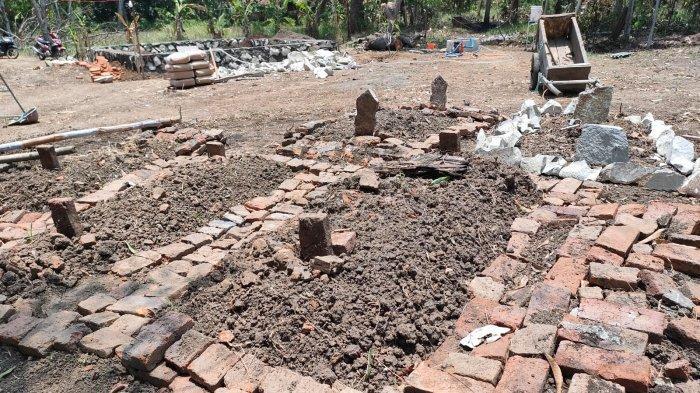 Diduga Makam Kuno Bermunculan Saat Warga Babat Ilalang di Lahan Pinggir Sungai Cimanuk Indramayu