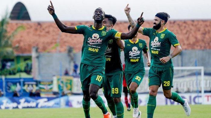 Persebaya Surabaya Permalukan Persija Jakarta di Final Piala Gubernur Jatim, Persija Keok, Skor 4-1