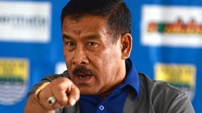 Pemain Persib Bandung Sering Diganjar Kartu Kuning, Umuh Muhtar: Mulai Sekarang Harus Bayar Sendiri