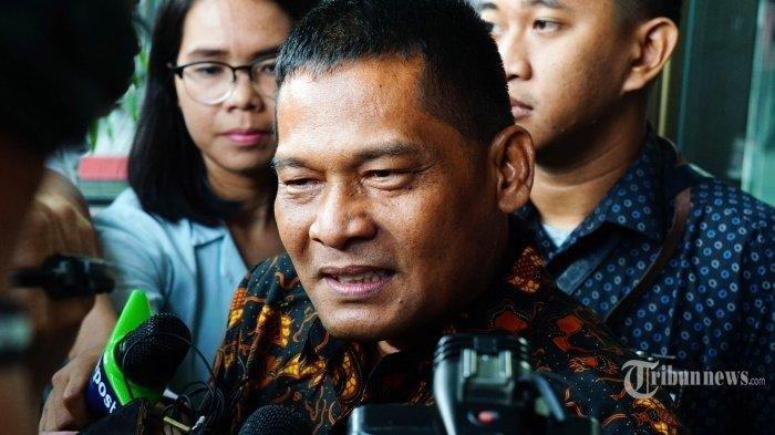 PNS Tajir Rohadi Sesenggukan Membantah Kesaksian Mantan Komisaris RS Reysa Indramayu: Semua Bohong