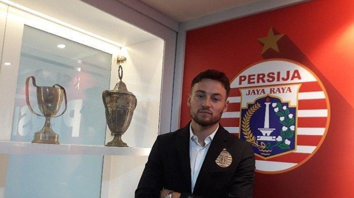 Marc Anthony Klok resmi berseragam Persija Jakarta.