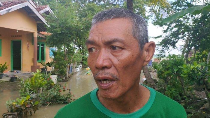 Masdiar Pasrah Rumahnya di Desa Leuweunghapit Kembali Kena Banjir: Terserah Pemerintah Saja Lah!