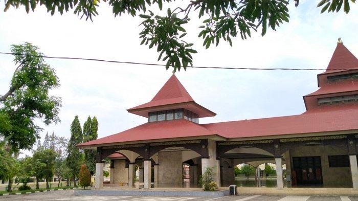 Masjid Agung Indramayu Sepi Aktivitas di Hari Raya Iduladha 1442 H, Tak Ada Salat Id dan Kurban