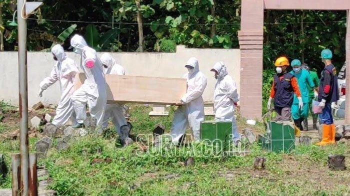 MIRIS Diduga Covid-19 Jasad Terbujur di Depan Rumah, Tak Ada yang Berani Menolong dan Mendekat