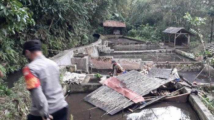 Mertua dan Menantu Meninggal Tertimpa Reruntuhan Saung Pembibitan Ikan di Tasik, Ini Kronologinya