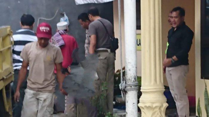 Polisi Gerebek Dua Gudang di Cianjur, Pelaku Tertangkap Basah Preteli Mobil Hasil Curian