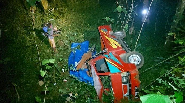Mobil Pikap Berisi 12 Penumpang Terjun Masuk Jurang di Tanjakan Cibogo Ciamis, Ini Kronologinya