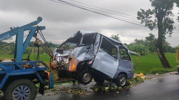 Diduga Rem Blong Minibus Adu Banteng dengan Pemotor di Jalan Cigasong-Maja, Begini Kondisi Korban
