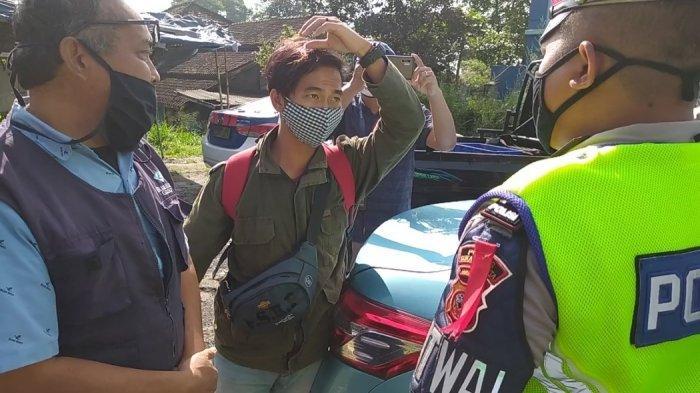 Seorang Pemudik Asal Surade Pesan Taksi Bandung Coba Lewati Check Point PSBB Tapi Gagal