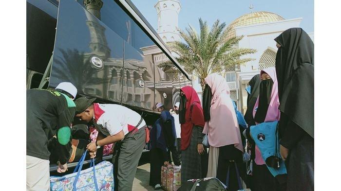 Ribuan Santri Pontren Idrisiyyah Pageningan Tasikmalaya Mulai Dipulangkan untuk Mudik