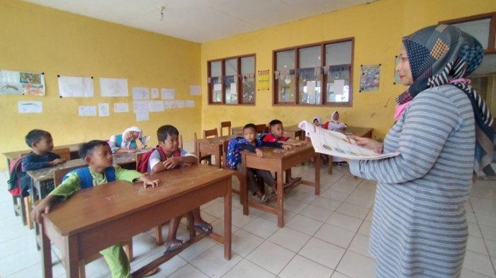 Tahun Ajaran Baru, SD Negeri Rancasari II Indramayu Cuma Dapat 7 Murid, Tahun Lalu 15 Murid