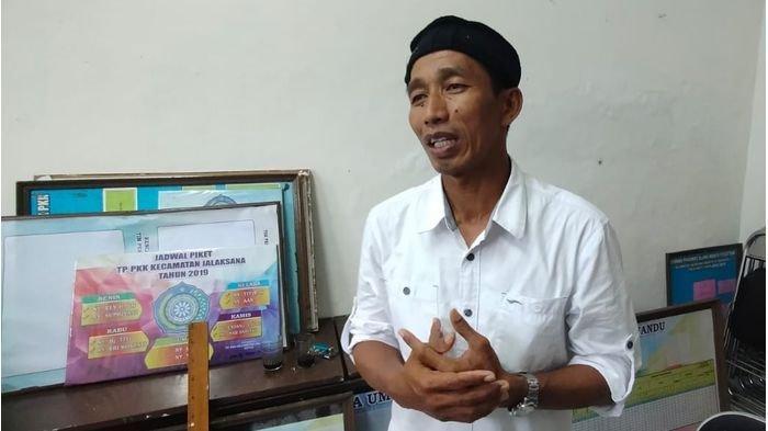 Kepala Desa di Kuningan yang Wajahnya Mirip Jokowi Ingin Sekali Bertemu Presiden Joko Widodo
