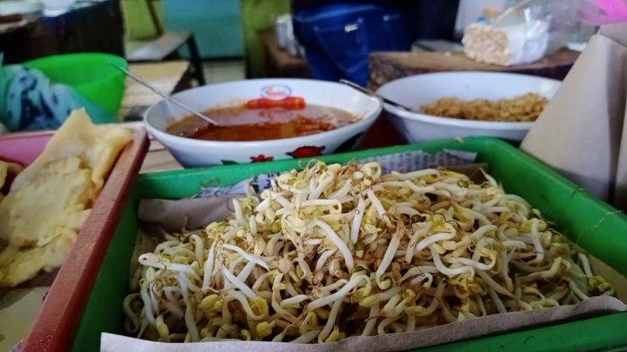 VIDEO Nasi Kasreng Kuliner  Khas Luragung Kuningan, Bermula dari Mak Karsih Penjual Nasi & Gorengan