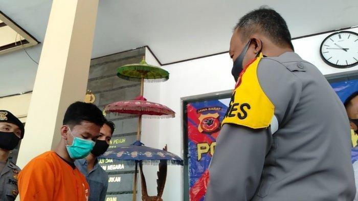 R Bawa Kabur Honda CRV, lalu Jalan-jalan di Bandung, Beli Cilok Gak Bayar Beli Bensin Juga Gak Bayar
