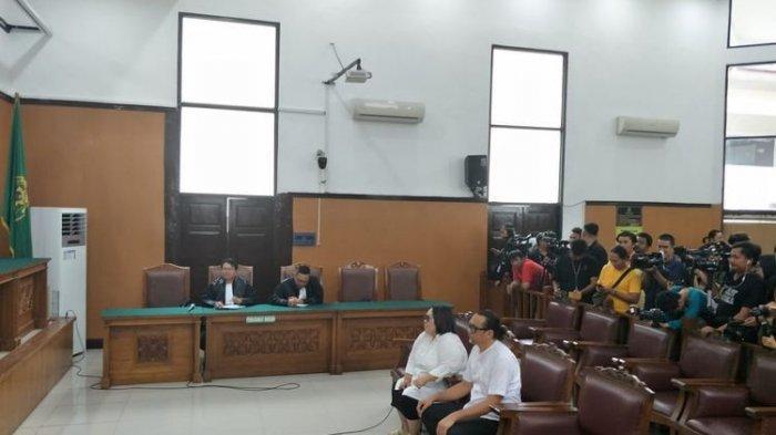 Nunung Srimulat dan Suami Jalani Sidang, Hakim Putuskan Kedunya Divonis 1,5 Tahun Rehabilitasi