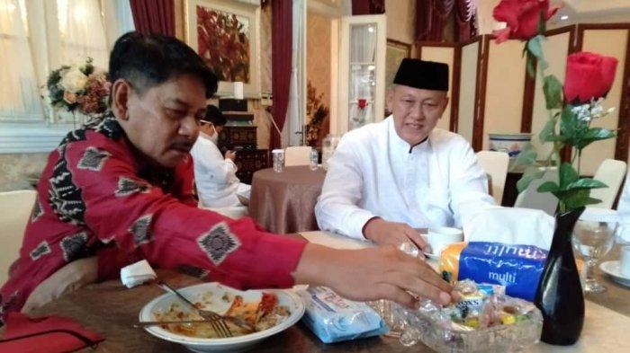 Jaga Tradisi Lebaran di Tengah Pandemi Covid-19, Ketua DPRD Ketemu Bupati Kuningan Hanya Lima Menit