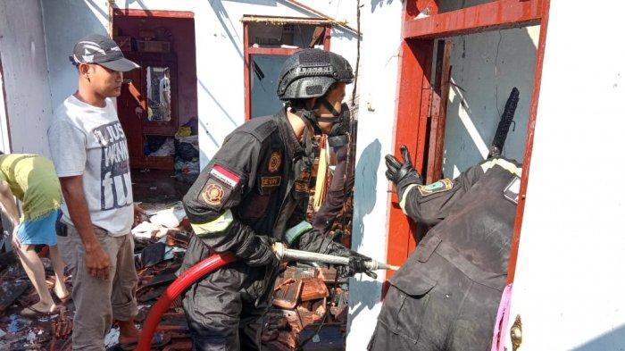Diduga Karena Human Error, Kebakaran Ludeskan 2 Ruko di Ciawigebang, Kerugian Ditaksir Rp 245 Juta