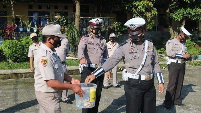 Personel Polres Majalengka Menyisihkan Sebagian Rezeki, Program Berbagi di Bulan Ramadan