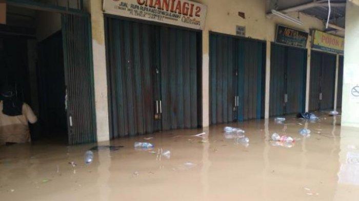 Pasar Cipulir Kebayoran Jakarta Terendam Banjir, Tinggi Sampai Pinggang Orang Dewasa, Listrik Mati