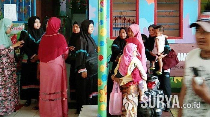 Mau Menculik Anak PAUD, Wanita di Surabaya Ini Ketahuan, Anak Menjerit, Penculik Digempur Ibu-ibu