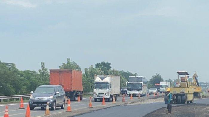 Jalan Sementara di Tol Cipali KM 122 Mulai Diaspal, Direncanakan Jumat Sudah Bisa Digunakan