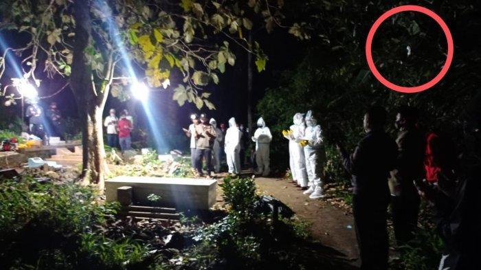 HEBOH Foto Penampakan Kuntilanak Saat Pemakaman Jenazah Covid-19 di Kuningan, Begini Kata Kades