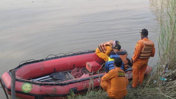 Tim SAR Kesulitan Cari EEK, Bocah 8 Tahun yang Tenggelam di Sungai Cimanuk Indramayu Saat Mancing