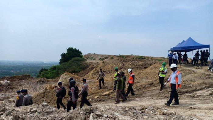 87 dari 500 Mortir yang Ditemukan di Pertambangan Semen Palimanan Cirebon Ternyata Masih Aktif