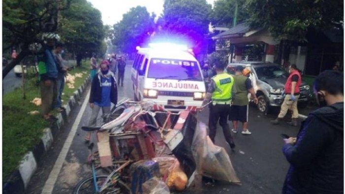 Pajero Sport Tewaskan Tukang Becak di Bandung, Tiba-tiba Oleng ke Kiri dan Tabrak Becak