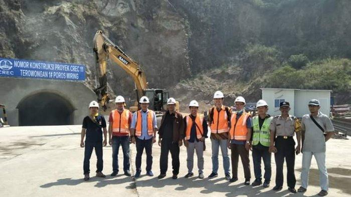Uji Coba Peledakan di Gunung Bohong Untuk Proyek Terowongan KCIC Masuk Tahap Pengeboran