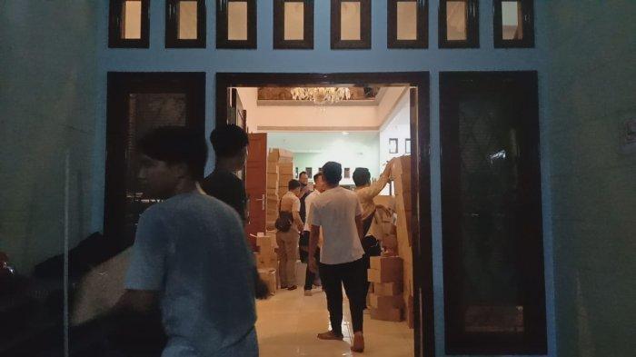 Gudang Kosmetik Ilegal di Cirebon Diklaim Hanya Tempat Pelabelan Kemasan Produk Saja