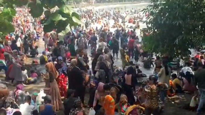 Pengunjung Batukaras Membeludak, Balawista Pangandara Mengaku Kewalahan: Tak Menduga Seperti ITu