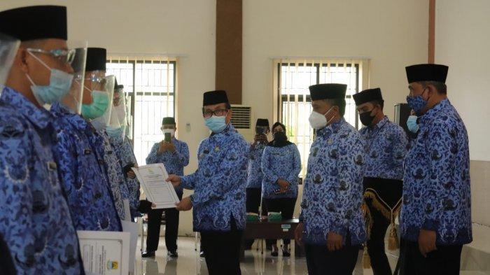 Ratusan PPPK Terima Surat Pengangkatan dari Bupati Cirebon, Didominasi Penyuluh Pertanian
