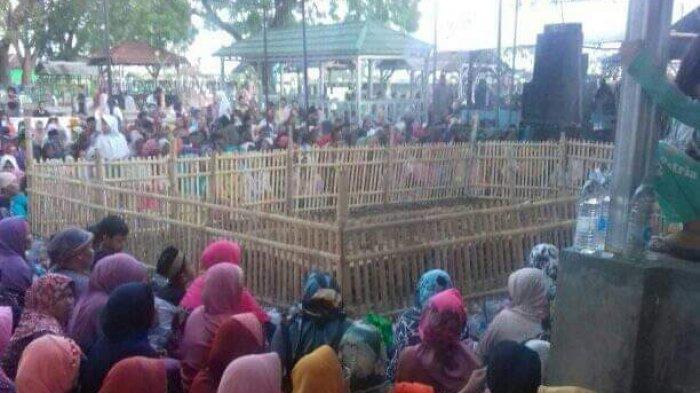 Ratusan Peziarah Berbondong-Bondong Ke Makam Kuno Syekh Abdul Rahman di Indramayu