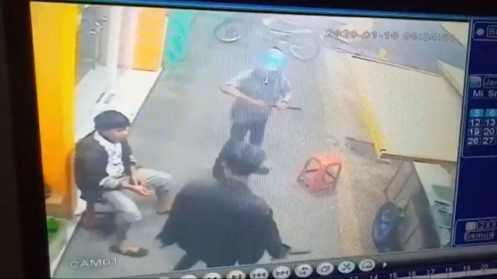 Polisi Masih Memburu 2 Orang DPO dari Komplotan Perampas HP Penjual Roti Bakar di Cirebon
