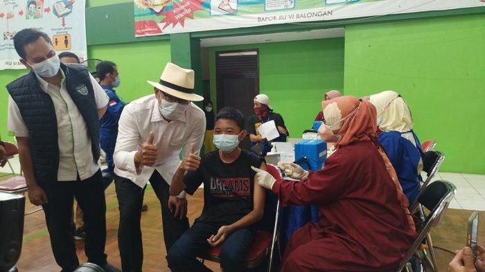 Percepatan vaksinasi Jabar di Perumahan Bumi Patra Pertamina Indramayu, Jumat (10/9/2021).