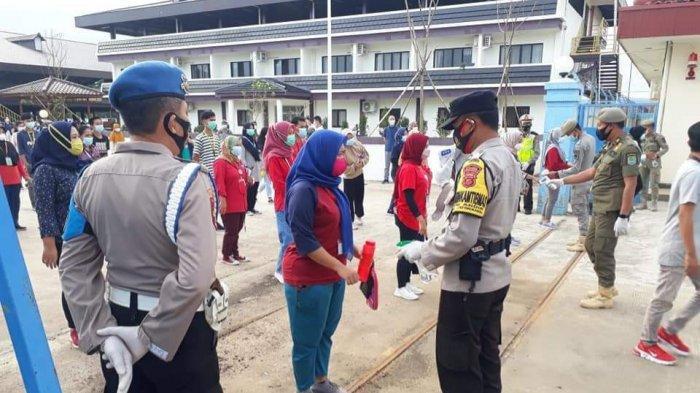 Cegah Kembali Klaster Pabrik, Petugas di Jatiwangi Majalengka Periksa Kesehatan Para Pekerja