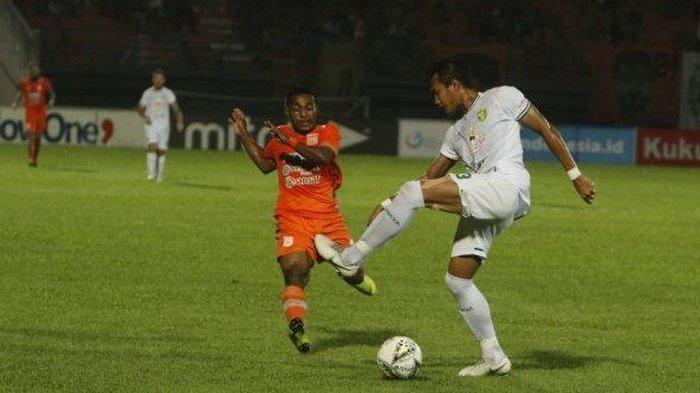 LINK LIVE STREAMING - Badak Lampung FC vs Borneo FC, Live O Channel