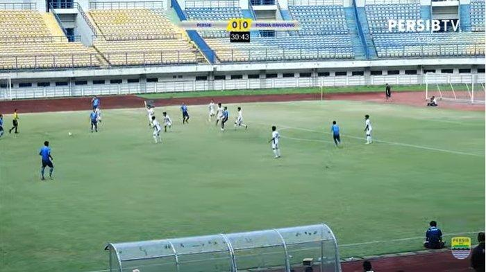 Sedang Berlangsung Live Streaming Persib Bandung vs Porda Kota Bandung, Skor Masih 0-0