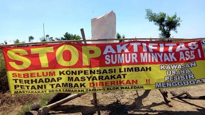 Petambak di Indramayu Geram dan Tuntut Ganti Rugi, Blokade Jalan Pertamina dengan Pohon