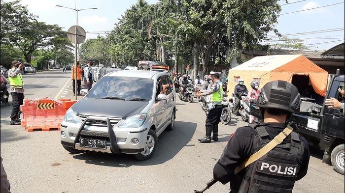 Antisipasi Puncak Arus Balik, Personel Pos Penyekatan Kalijaga Kota Cirebon Ditambah Dua Kali Lipat