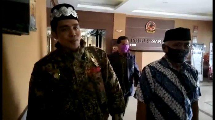 Gara-gara Pakai Gelar Profesor Bodong, Pimpinan Paguyuban Tunggal Rahayu Jadi Tersangka dan Ditahan