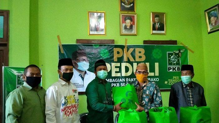 PKB Berikan Bantuan Sembako ke PCNU Indramayu, untuk Disalurkan Kepada Para Ulama dan Kiai