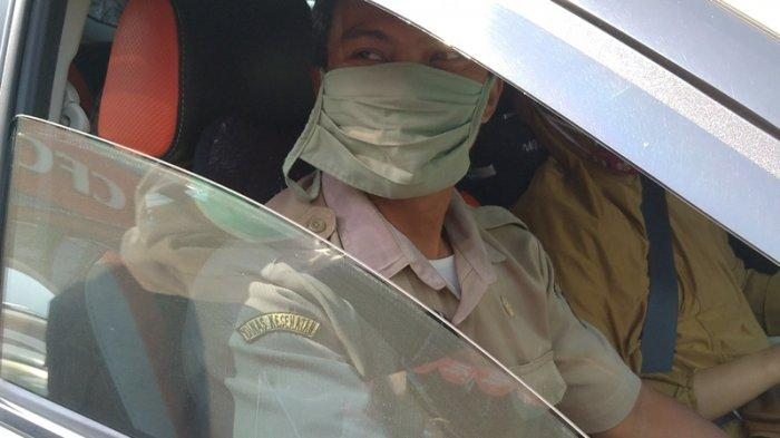 PNSDinkes Indramayu Kena Razia Yustisi oleh Petugas Gabungan, Ditegur, Auto Buru-buru Pakai Masker