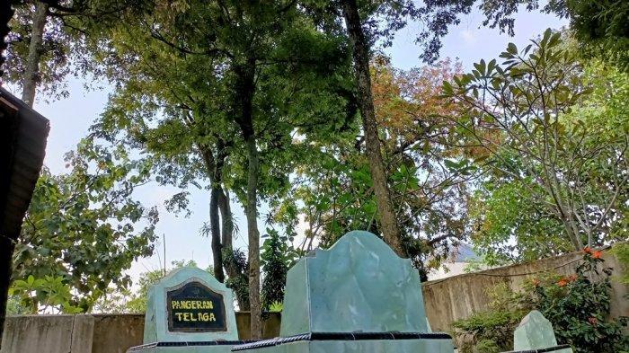 Pohon Nagasari Tumbuh di Makam Syekh Alimuddin Indramayu, Dipercaya Jadi Pelindung dari Ilmu Hitam