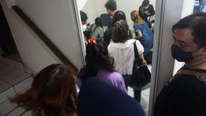 Sedang Asyik Memijat Tamu Pria, 10 Terapis Wanita di Bandung Digerebek Polisi, Langgar PPKM Darurat