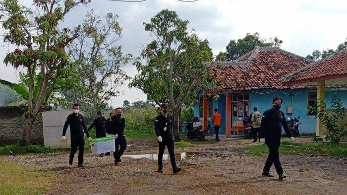 Kantor BPBD Indramayu Digeledah, Ada Dugaan Korupsi BLT Covid-19, Komputer & Dokumen Penting Dibawa